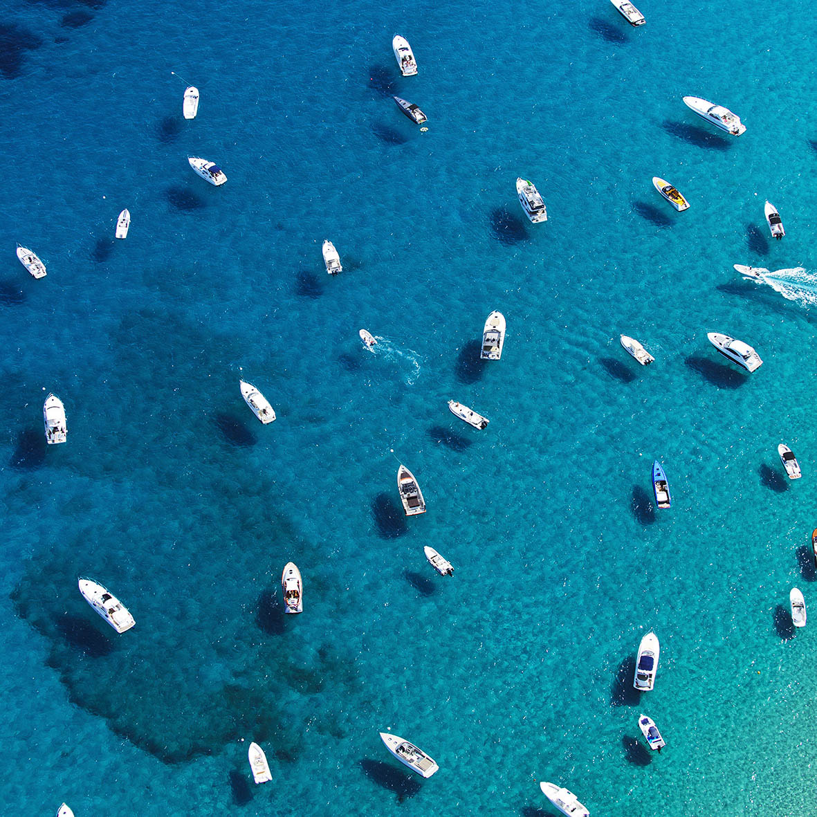 boats in the water luxury blue