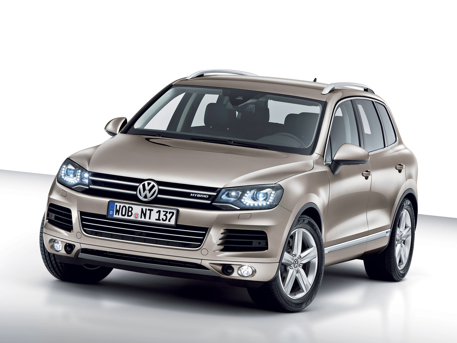 Volkswagen Touareg Hybrid most expensive electric cars