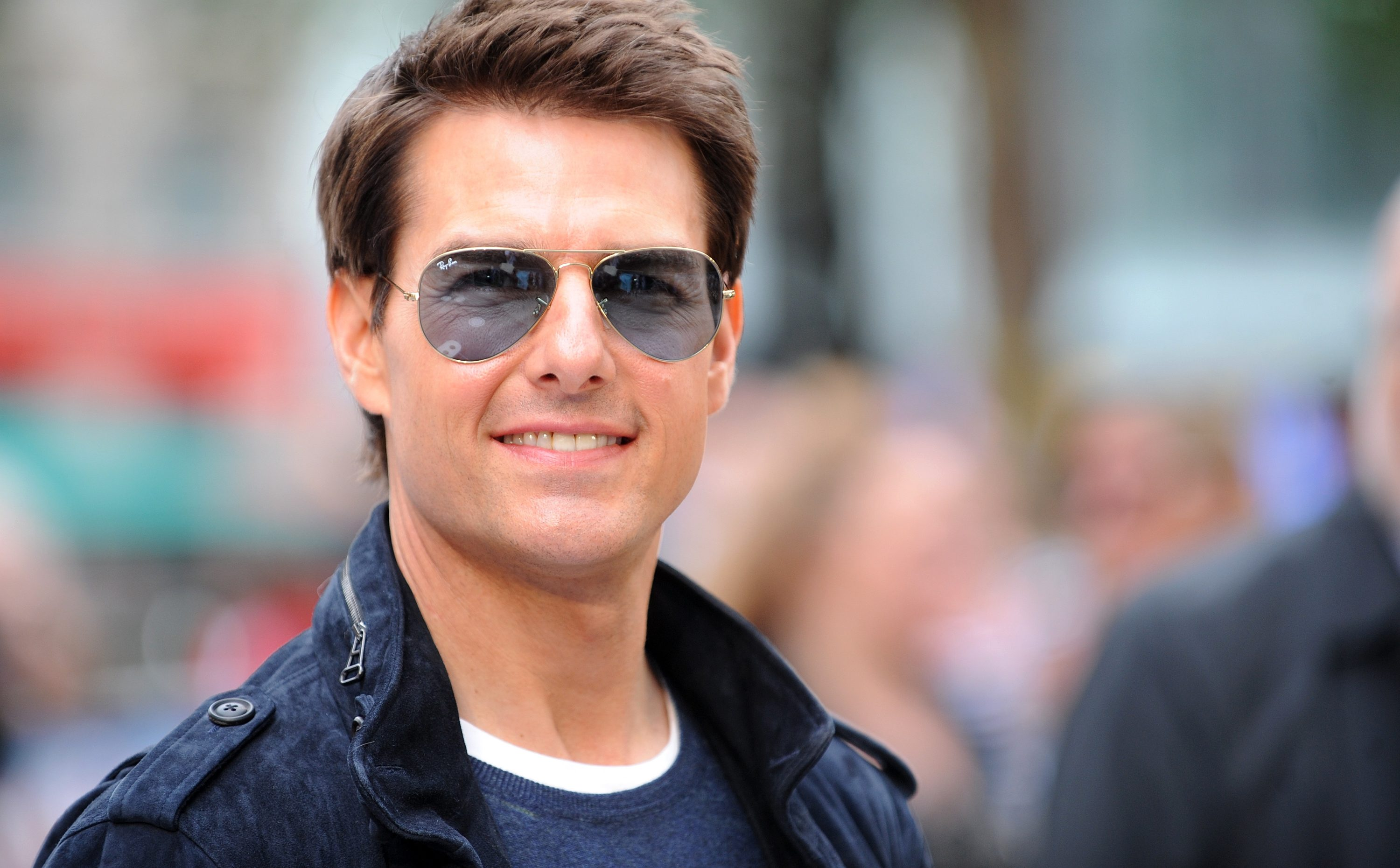 What Makes Tom Cruise Irresistible? | Featured Image