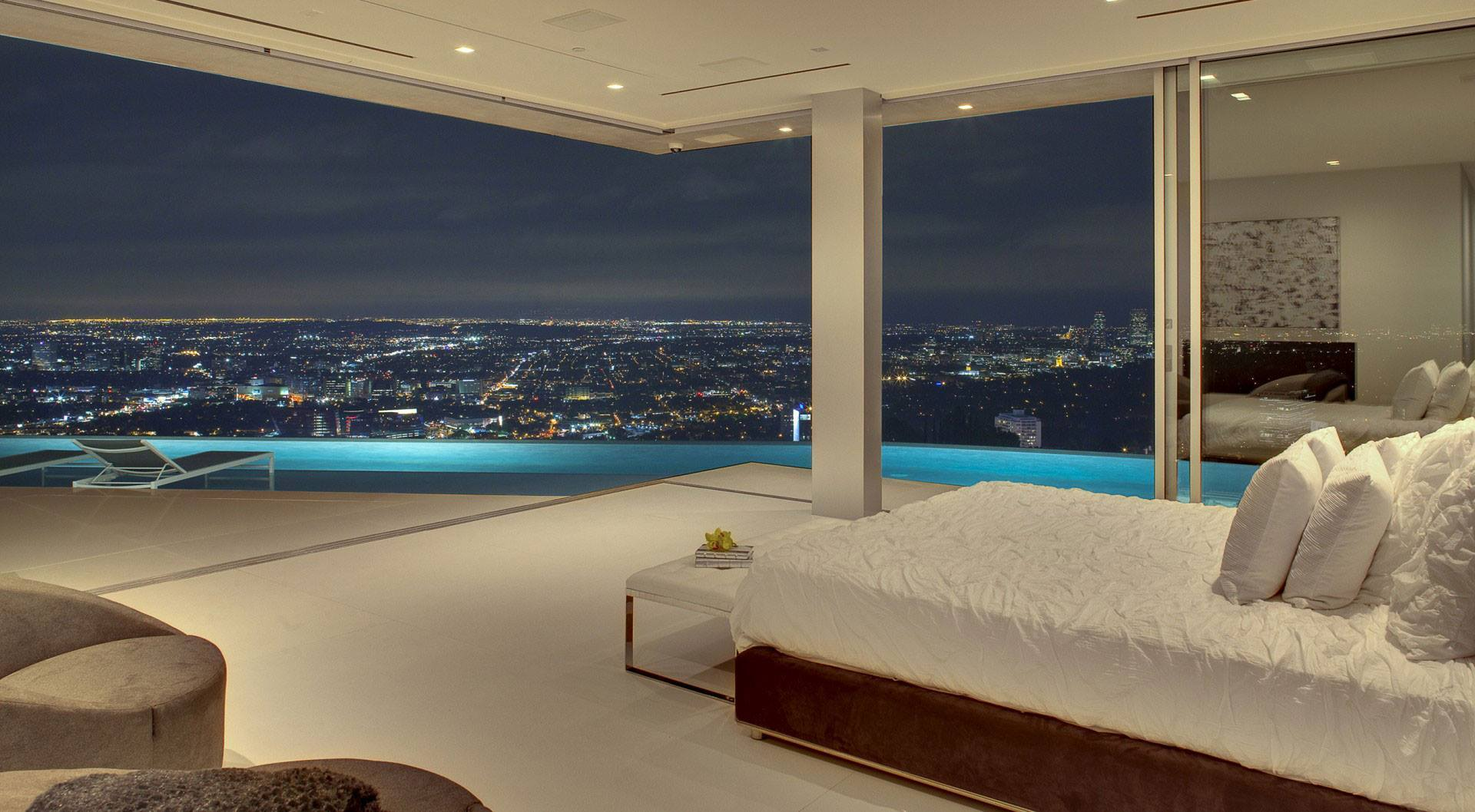 Room with a view to Los Angeles, USA