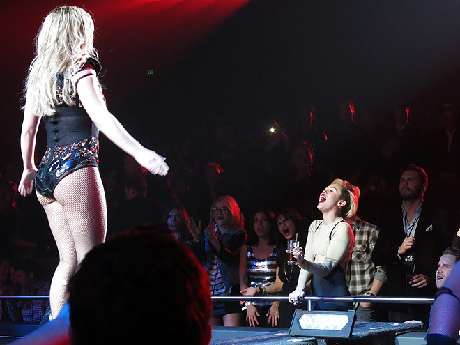Britney Spears Ready for Circus Concert - Britney Spears