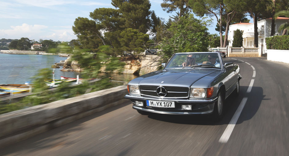 Classic Mercedes-Benz 300 SL - Perfect Handling for Oceanside Cruising