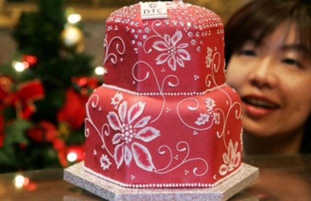 Top 15 Most Expensive Foods in the World | #1. Diamond Christmas Cake - $1.72 million