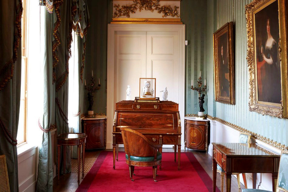 Roentgen furniture - Chatsworth House