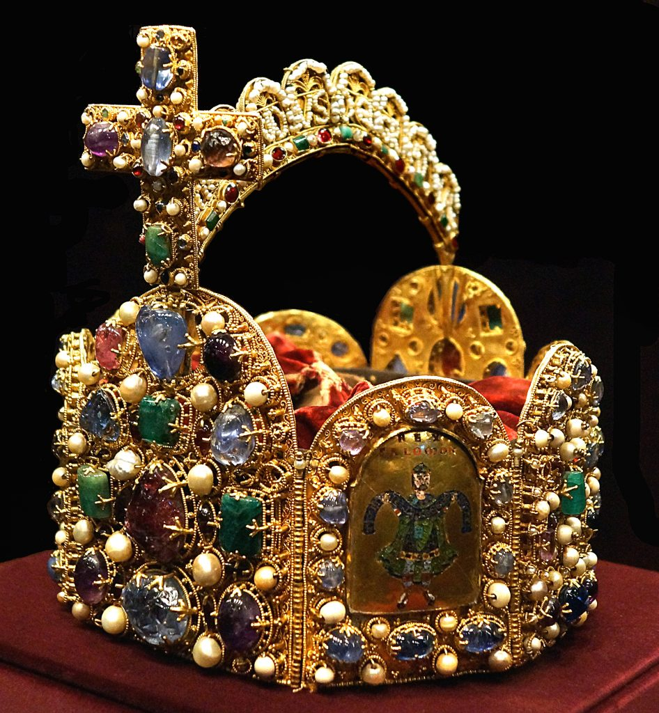Luxury in ancient Rome - Roman Empire Crown