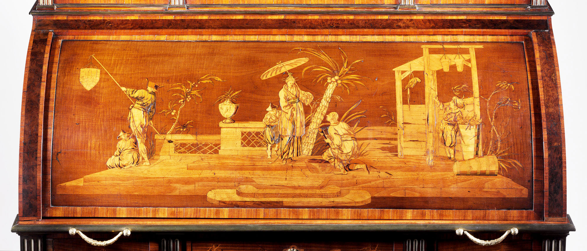 Roentgen furniture - Chinoiserie