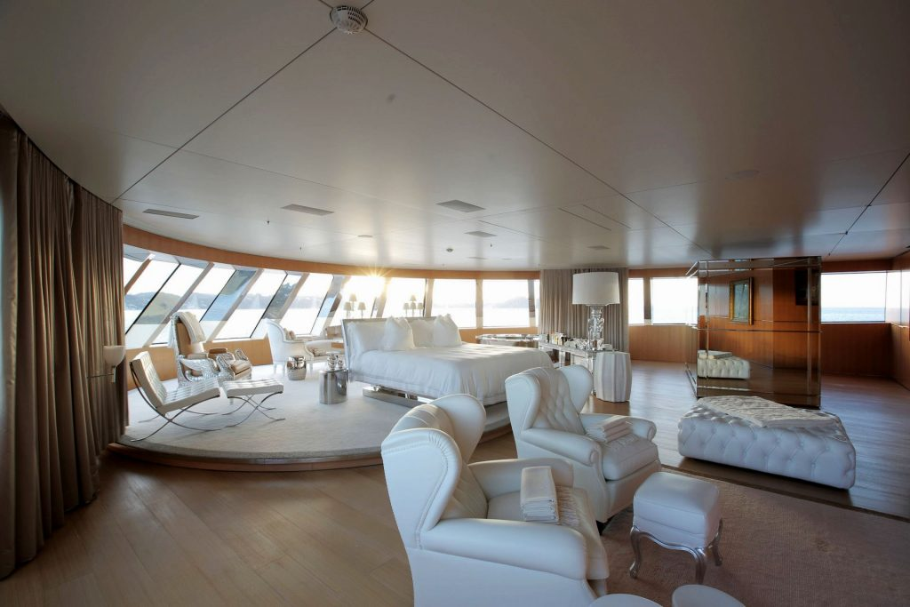 Motor Yacht A - Master suite