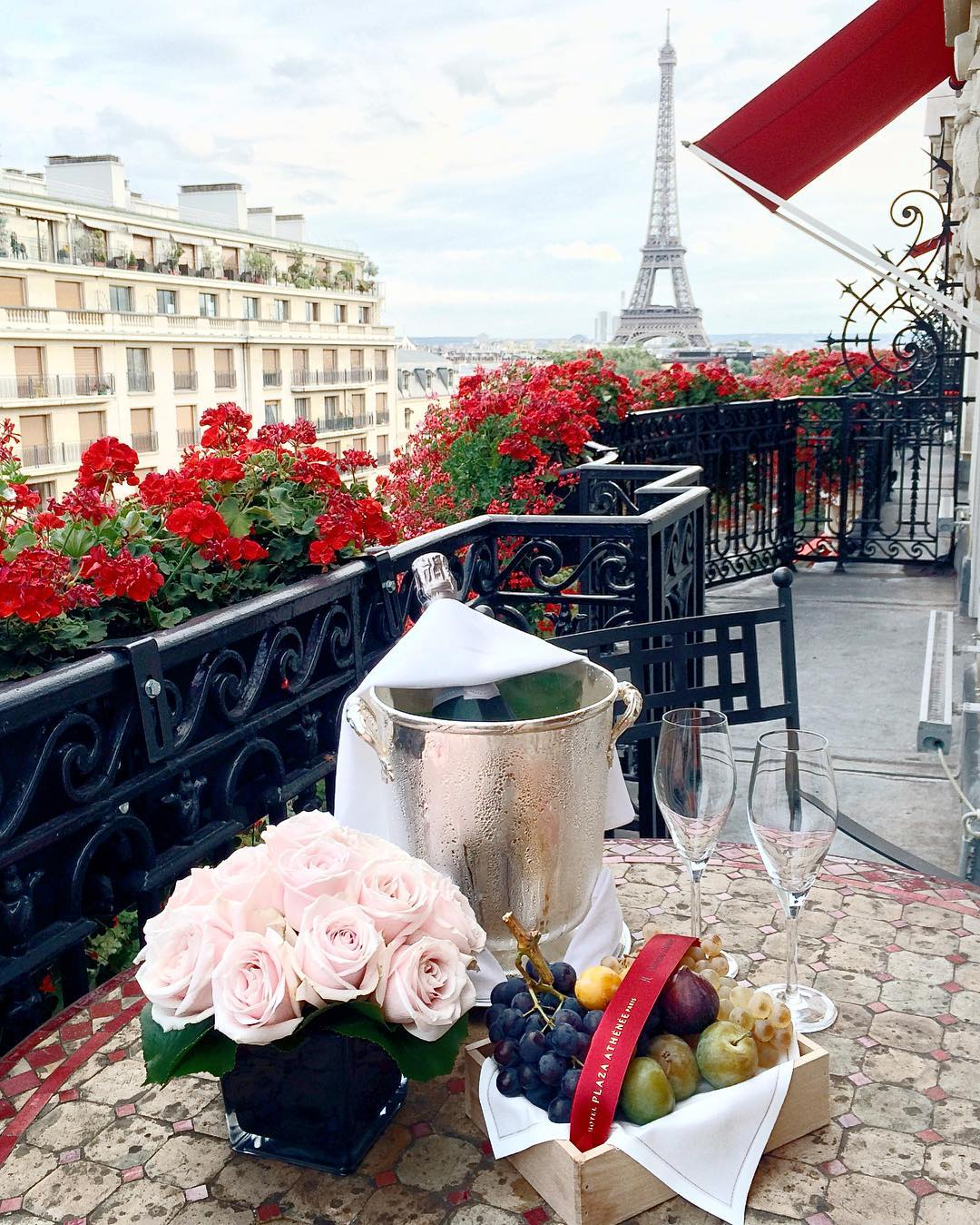 balcony-with-a-view-paris