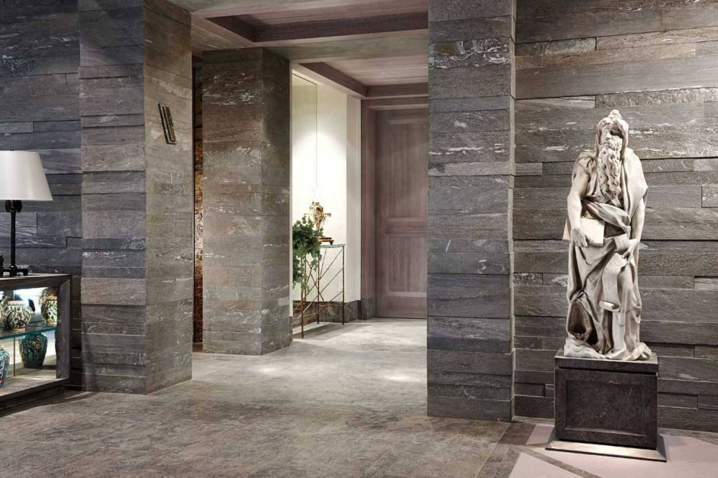 the-perfect-bachelor-pad-from-israel-is-full-of-expensive-art-1