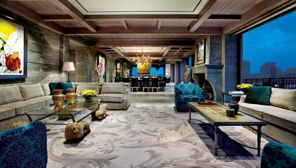 the-perfect-bachelor-pad-from-israel-is-full-of-expensive-art-27