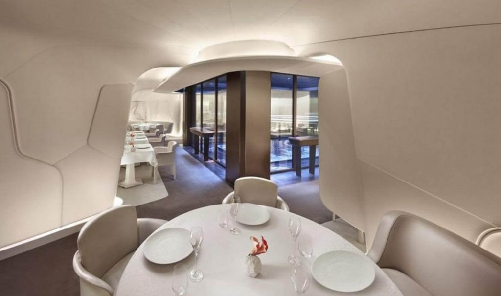 At the Mandarin Oriental Paris You can Have First Ever Space-Age Dining Experience!