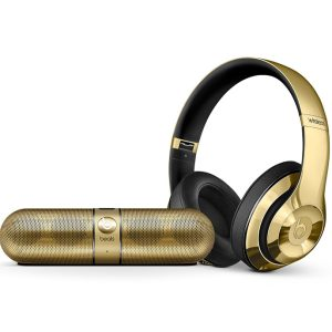 Beats Studio Wireless Gold and Pill 2