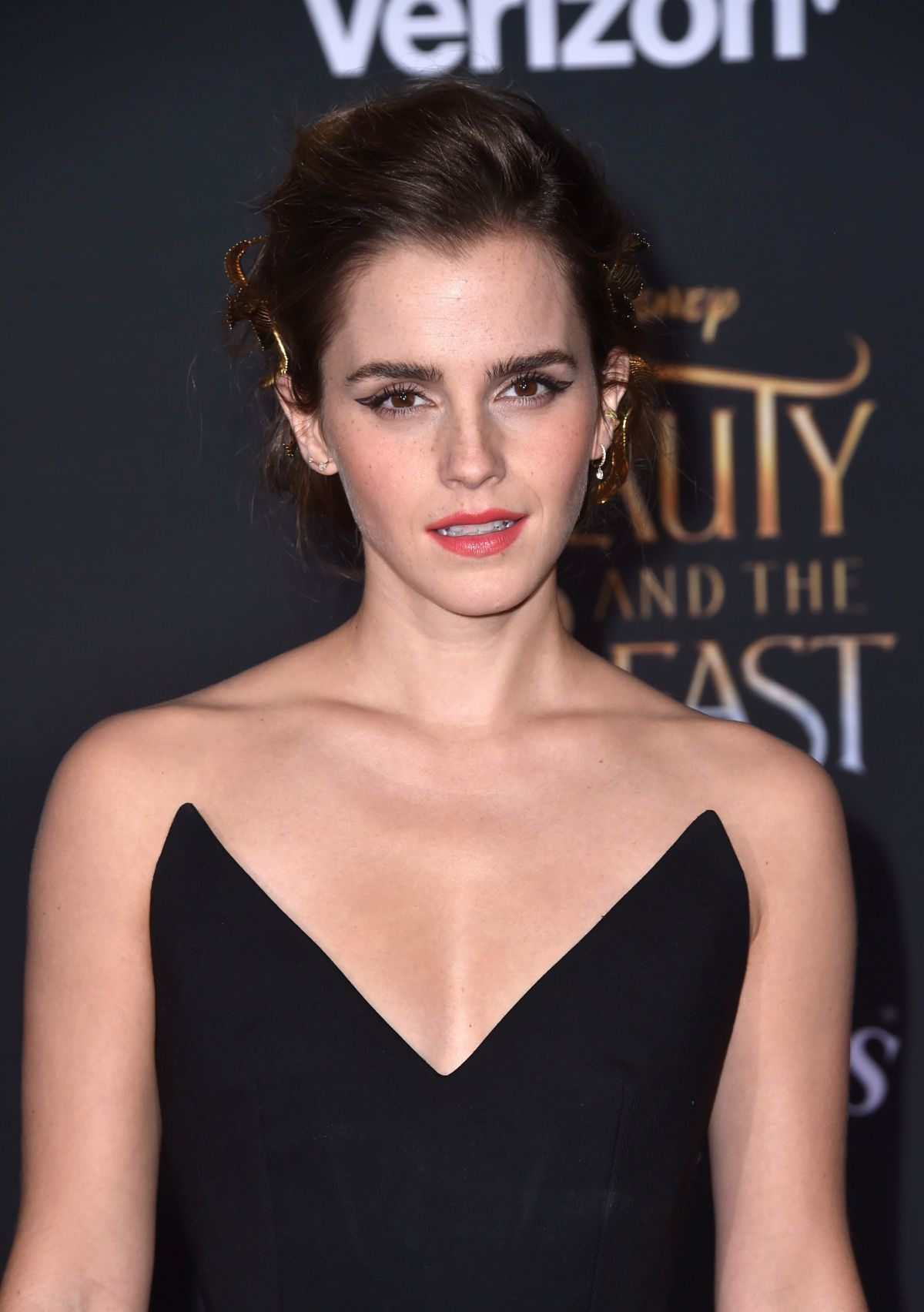 emma watson net worth | how rich is emma watson? - alux