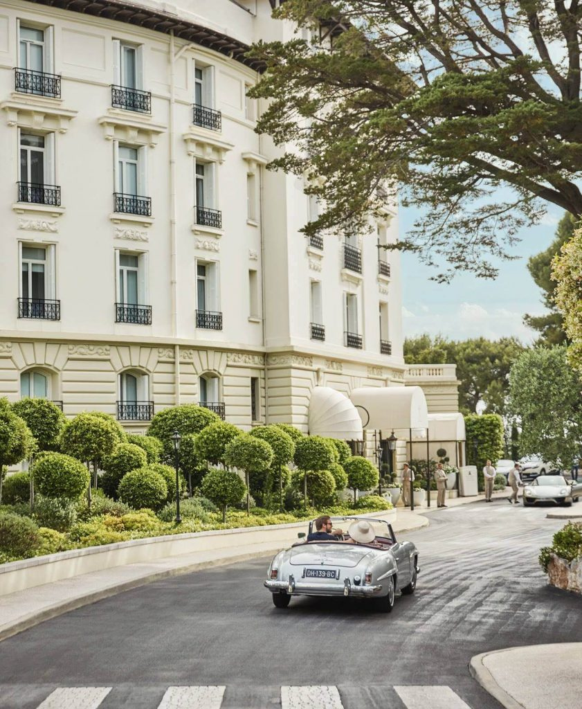 En Route to La Dolce Vita is Four Seasons' Newest Classic Car Experience