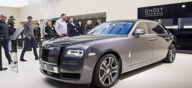 Rolls-Royce Releases Ghost Painted with a Thousand Crushed Diamonds!