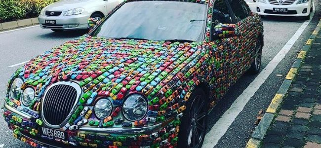 Hot Wheels Collectors Glued His Jaguar S-Type with 4,600 Colorful Toy Cars