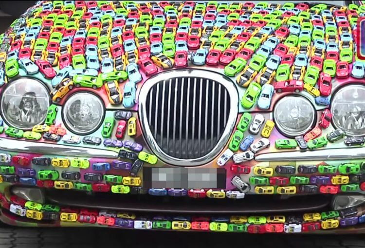 Find Out Why This Malaysian Businessman Glued His Jaguar S-Type with 4,600 Hot Wheels Toy Cars!