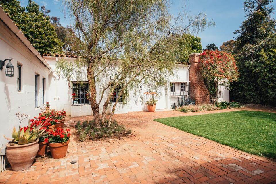 Marilyn Monroe's Last Home Where She Died at 36 Goes on Market for $6.9 million!