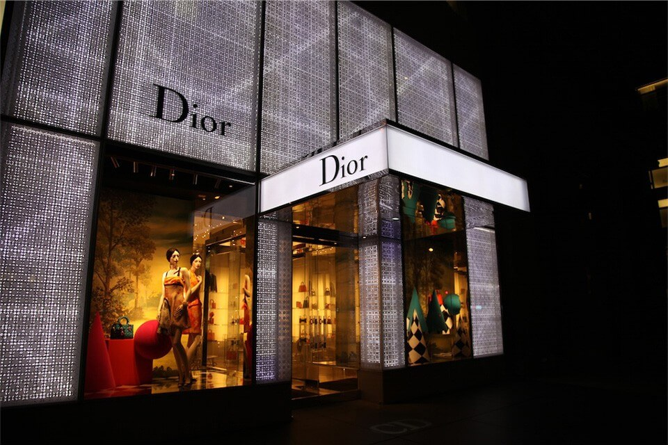 The Story of LVMH Buying Christian Dior for $13.1 Billion Has Gone Viral! Here is What Will Happen with the Brand!
