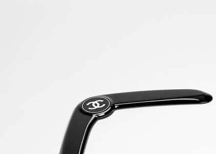 Chanel's Boomerang Has a Price Tag of $1,300 and People are Pissed Because Of It