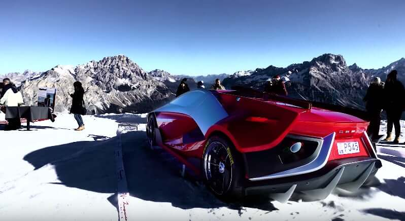 Conquer the World with this $1.6 Million Italian Supercar with a Built-in Aquarium! - ALUX