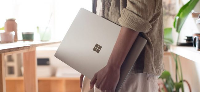 Microsoft Takes On Apple with the New $999 Surface Laptop Running on Windows 10 S