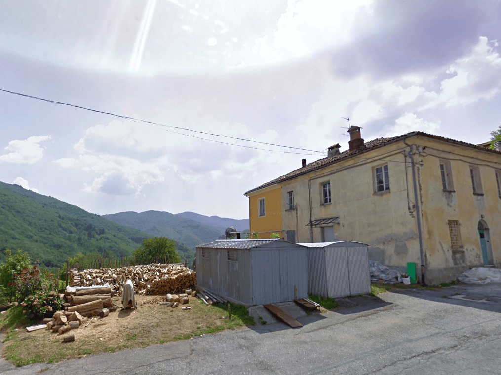 This Italian Mayor is offering $2,200 to Anyone Who is willing to Move to His Tiny Village