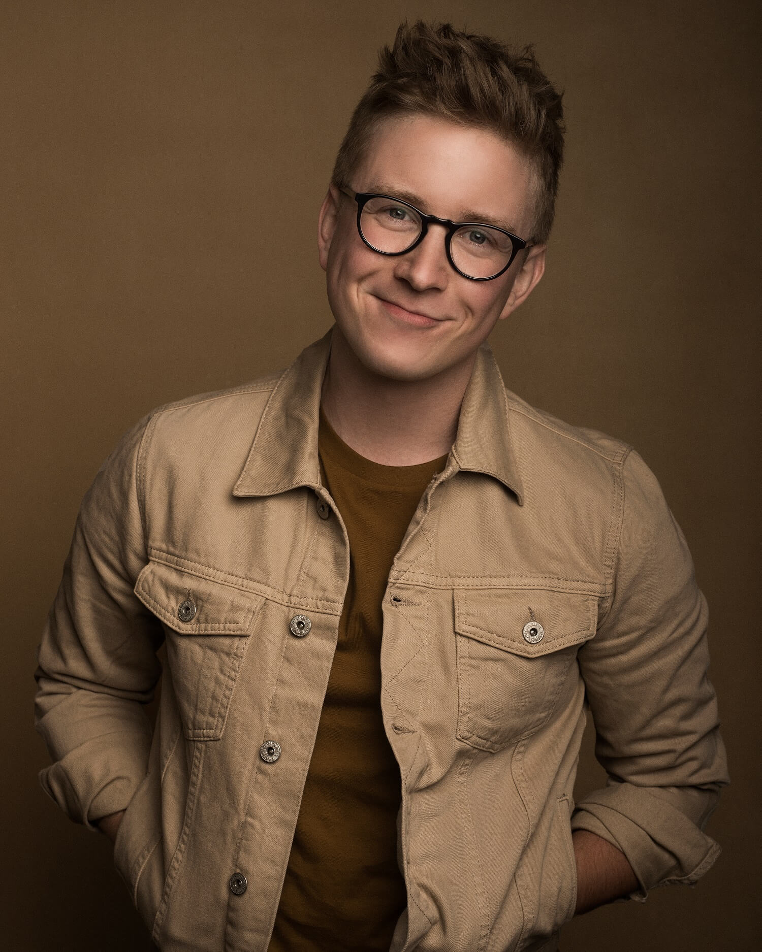Tyler Oakley Net Worth | How Rich is Tyler Oakley? - ALUX.COM