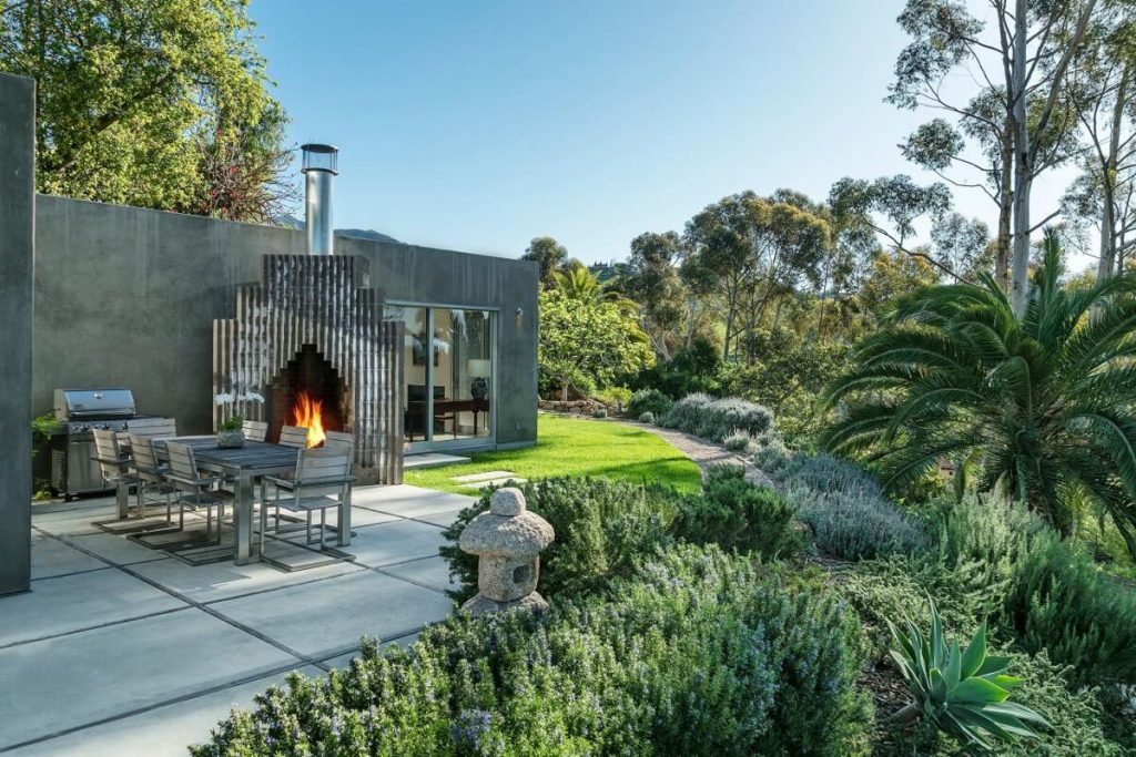 look around inside natalie portman s new home in santa barbara