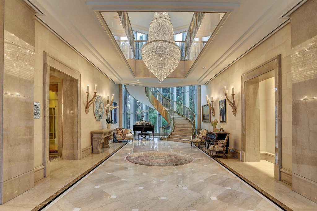Look inside this $20 Million Luxurious Houston Home Built for Saudi Price! (8)