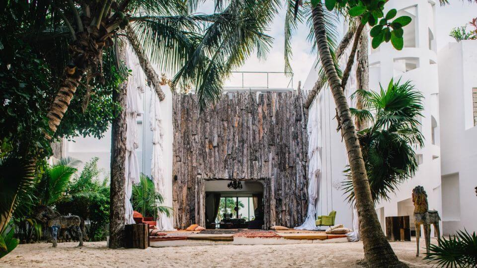 See inside Pablo Escobar's Tulum Mansion that is Now an Amazing Five-Star Hotel (17)