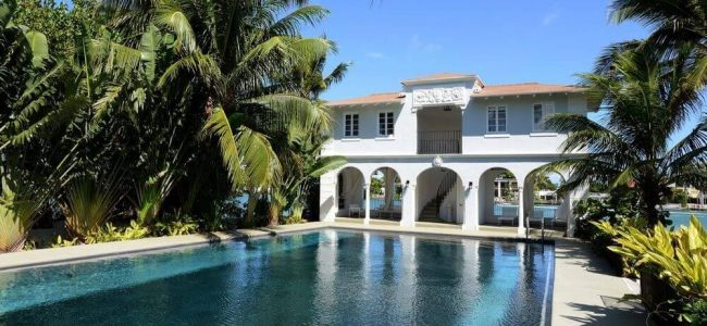 Take a Look Around Al Capone's Historic Miami House Where he Lived and Died