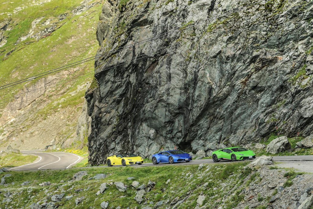 Watch this Video of Six Lamborghini Huracán Riding On Transylvania's Prettiest Driving Road
