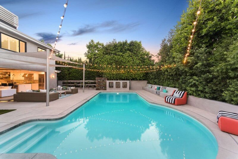 You Can Own Lena Headey's Sherman Oaks Home for $1.9 Million (37)