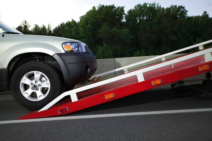 How Will The Towing Service Provider Lower Your Stress In The Middle Of The Road