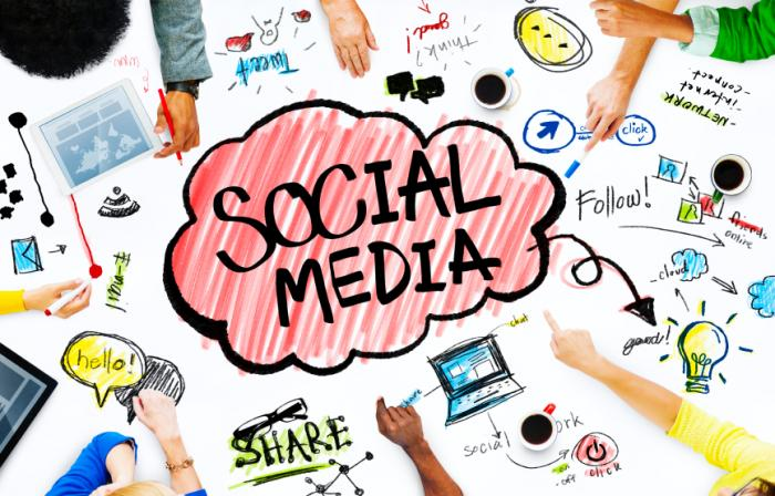 How Can The Budding Bloggers Use Social Media As A Tool For Success